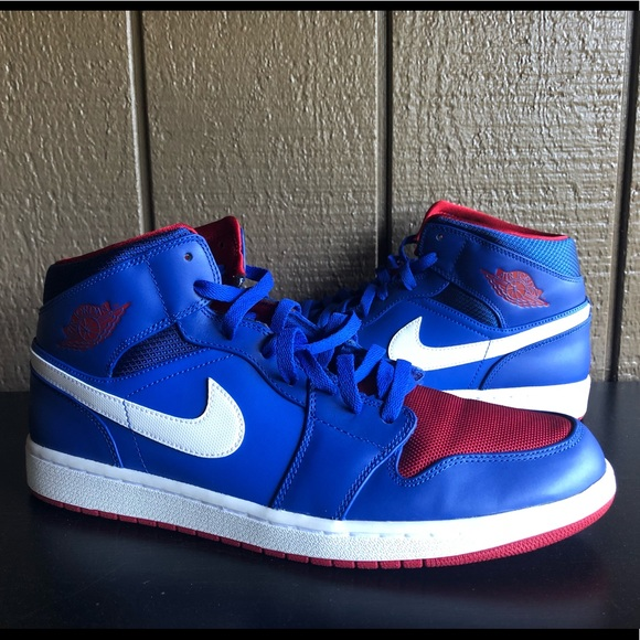 online store 568f1 01d8f Air Jordan 1 Mid Rivalry Pack Detroit Pistons 12.5.  M 5abc2f5f5512fd771f472860